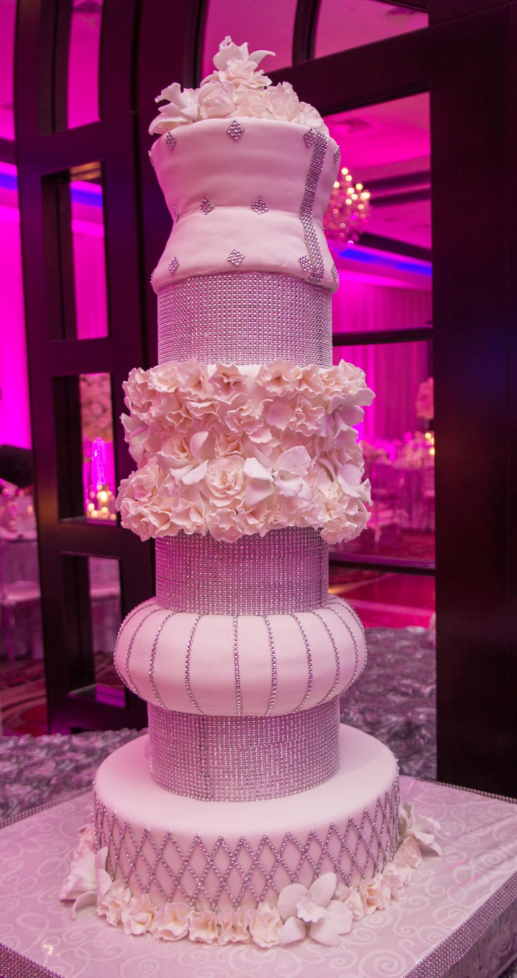 Kosher Wedding Cake Nyc Trump Soho New York Banksy