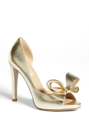 Gold Wedding Shoes | The Big Fat Jewish Wedding