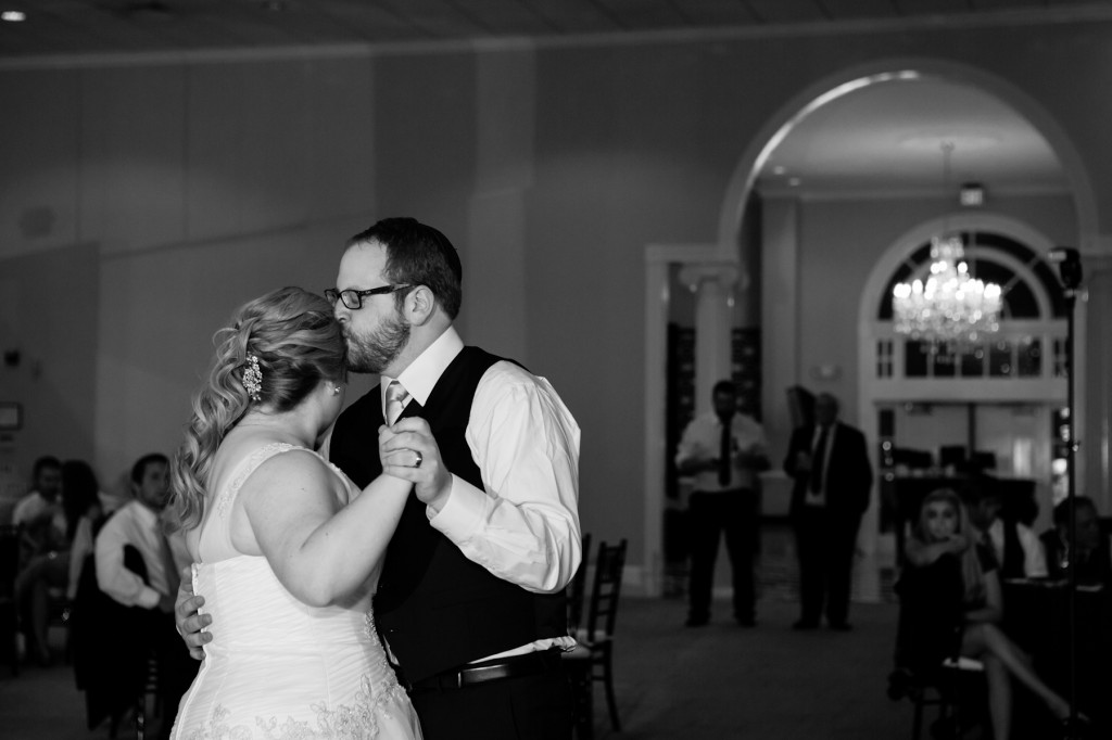 Carolina Autumn Jewish Wedding by BREALPHOTO60