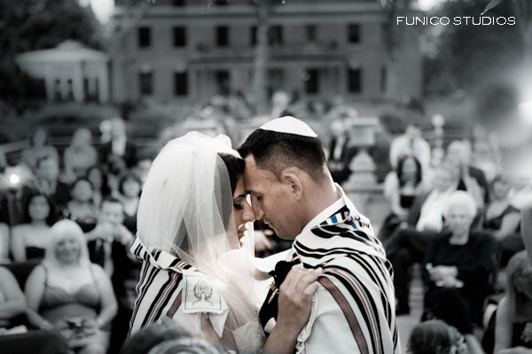 Getting Wrapped Up In The Moment | 13 Things Jewish Brides Love