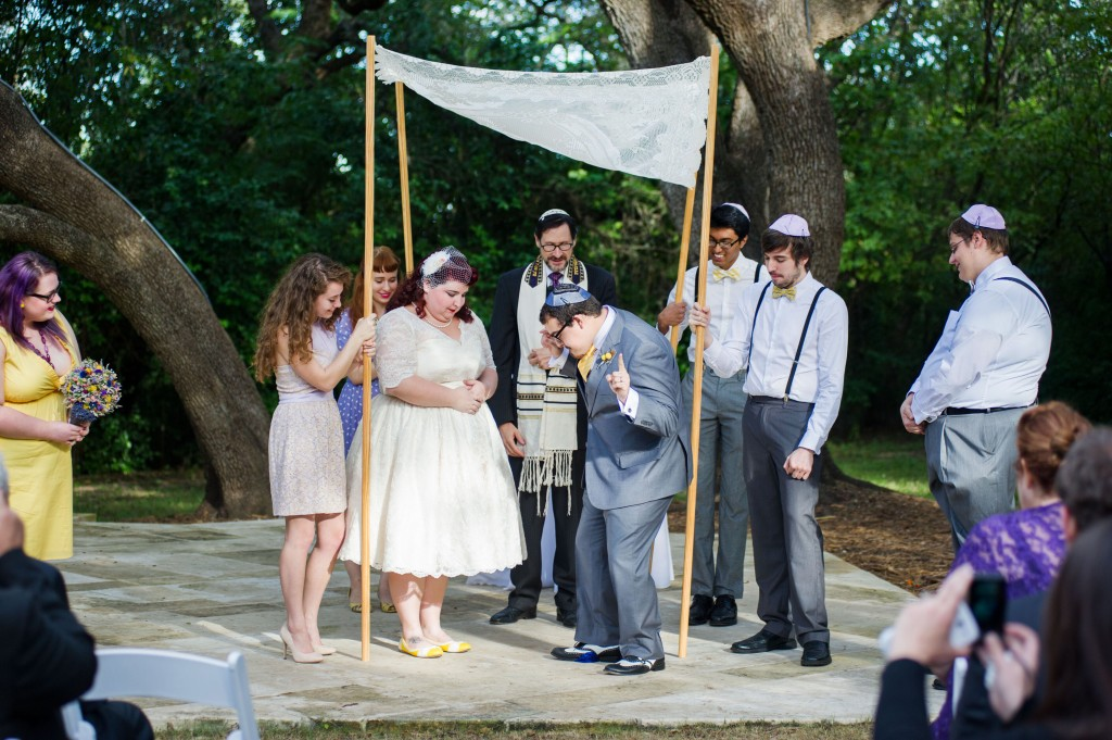 Vintage 50s Inspired Jewish Wedding | Jenna Leigh Photo 39