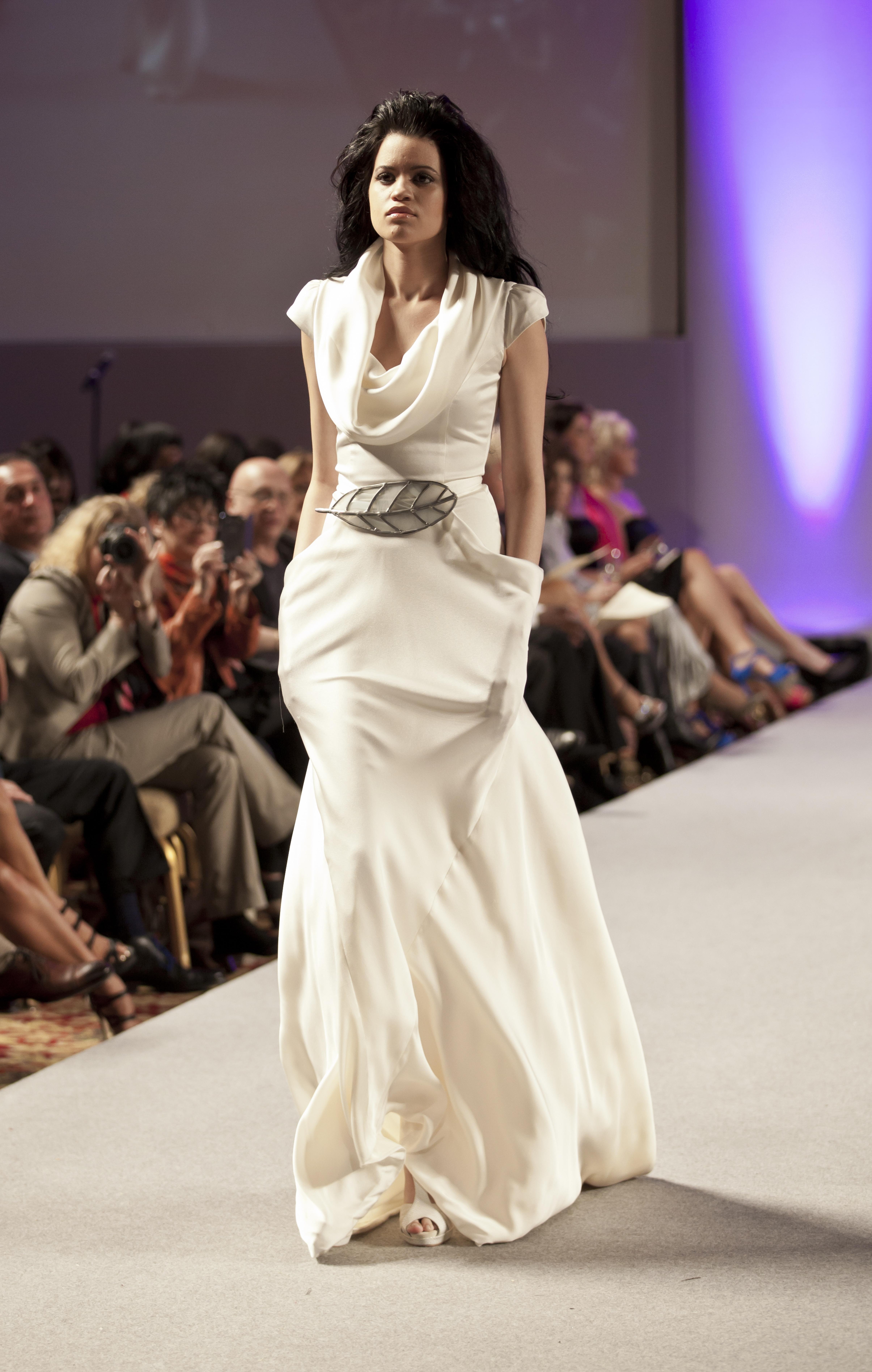 Fat People Wedding Dresses 93 New Isabel Zapardiez Lev Radin