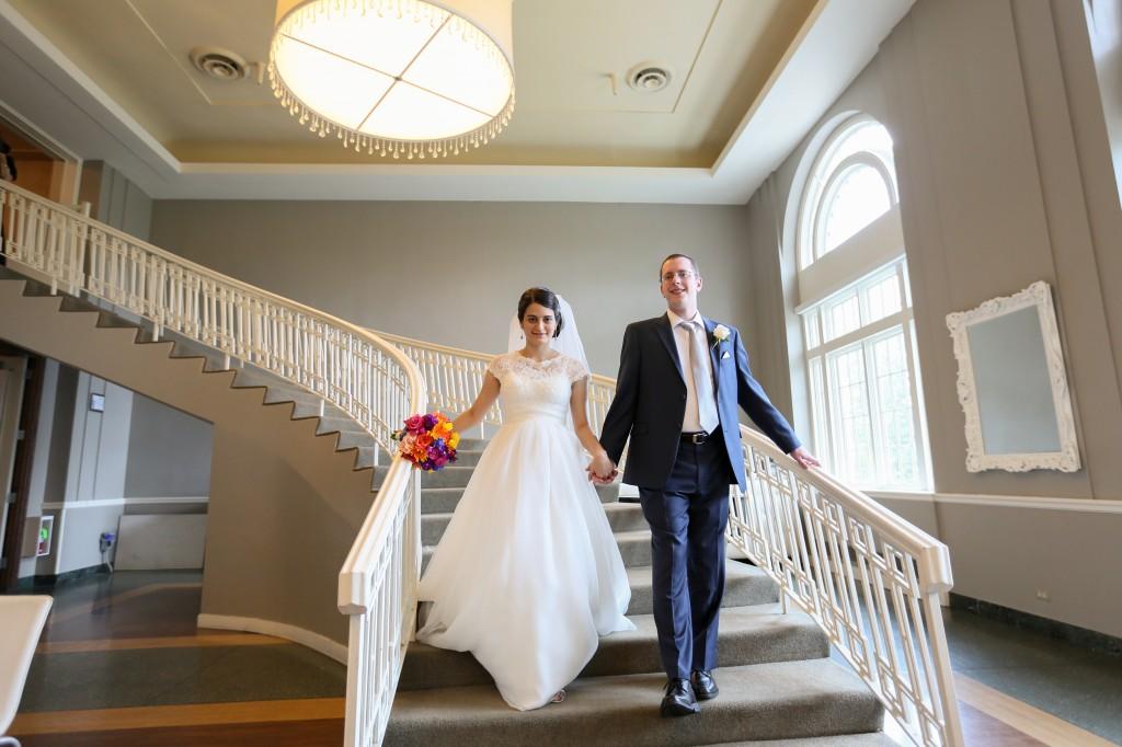 color-pop-jewish-wedding-erinjohnsonphotos-22