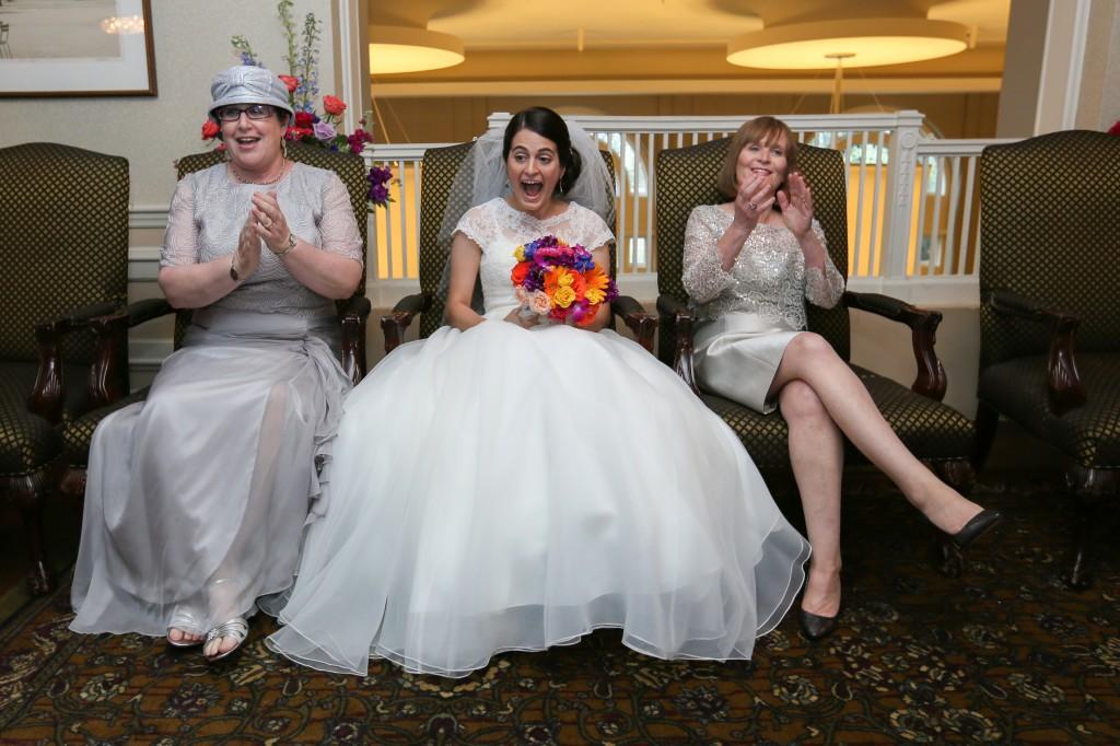 color-pop-jewish-wedding-erinjohnsonphotos-28