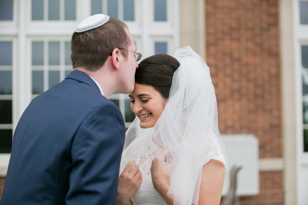 color-pop-jewish-wedding-erinjohnsonphotos-9
