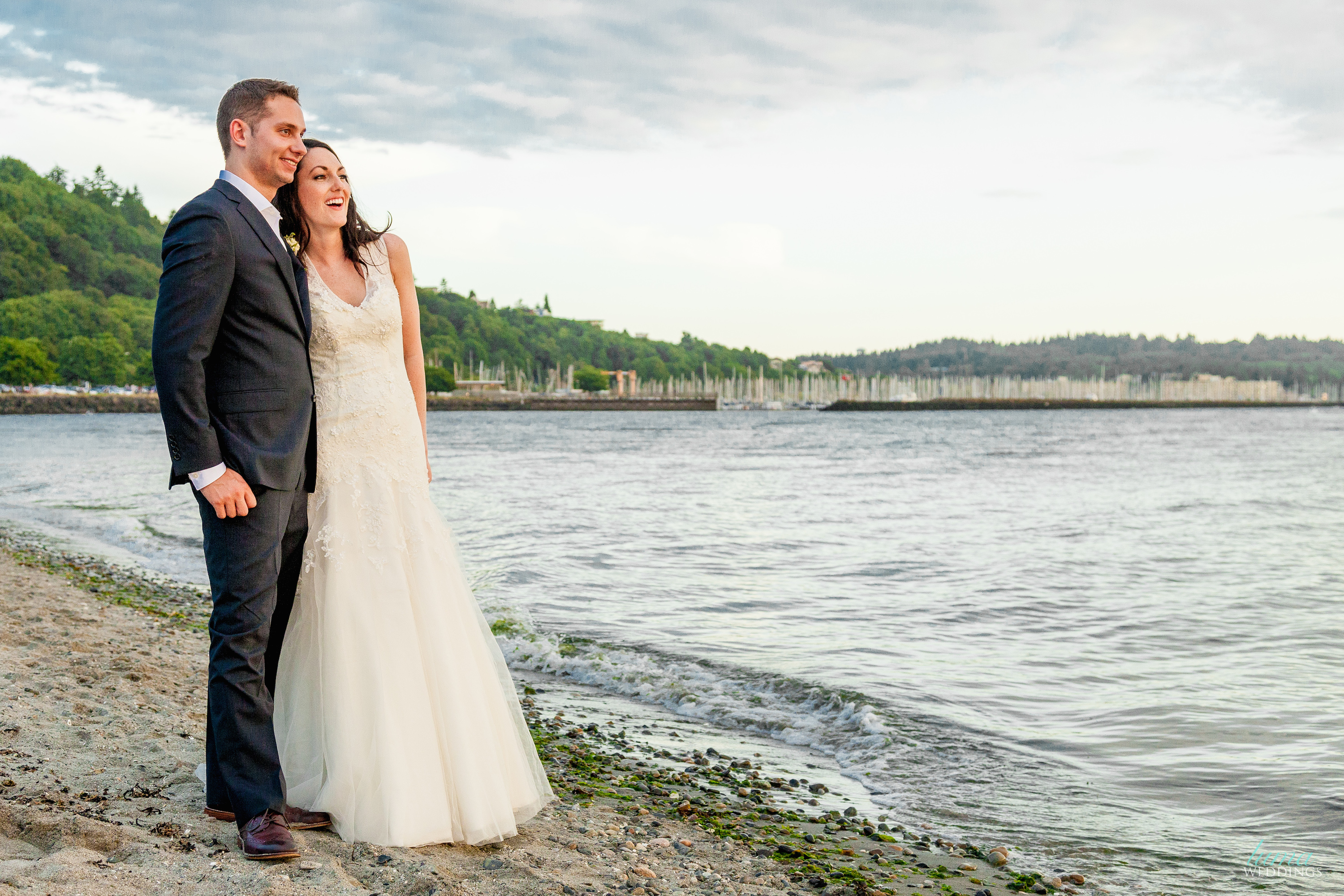 Rustic Jewish Beach Wedding {Seattle, WA} | The Big Fat Jewish Wedding