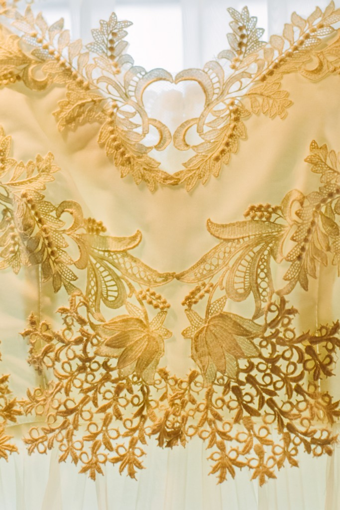 gold-black-jewish-wedding-ontario-britblondephotos1