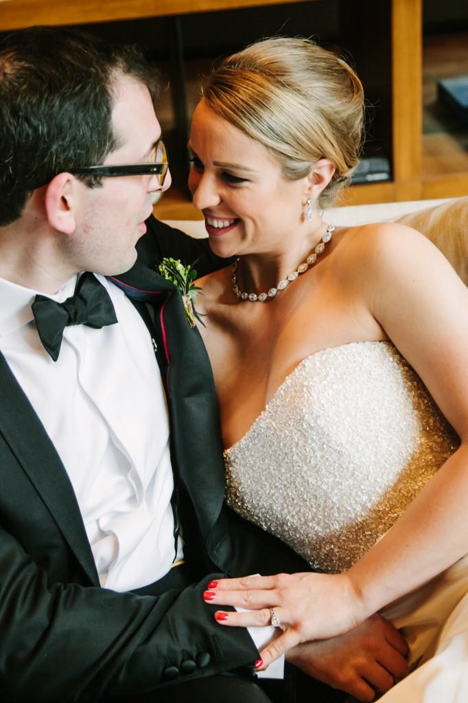 gold-black-jewish-wedding-ontario-britblondephotos14