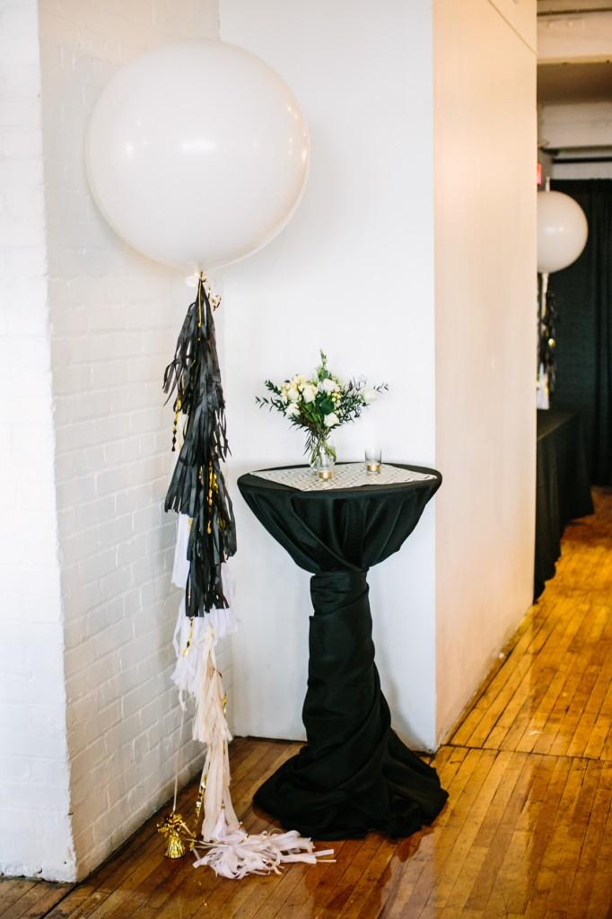 gold-black-jewish-wedding-ontario-britblondephotos24