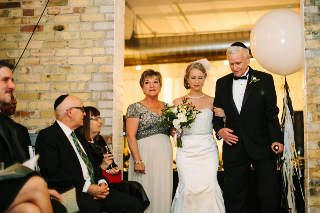 gold-black-jewish-wedding-ontario-britblondephotos41