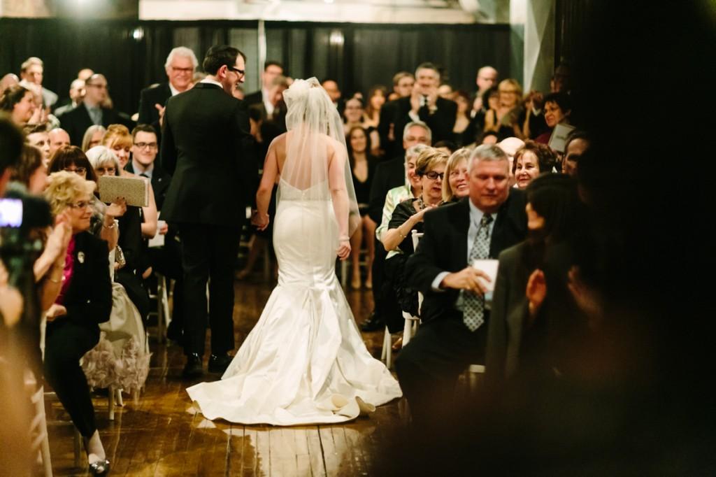 gold-black-jewish-wedding-ontario-britblondephotos45