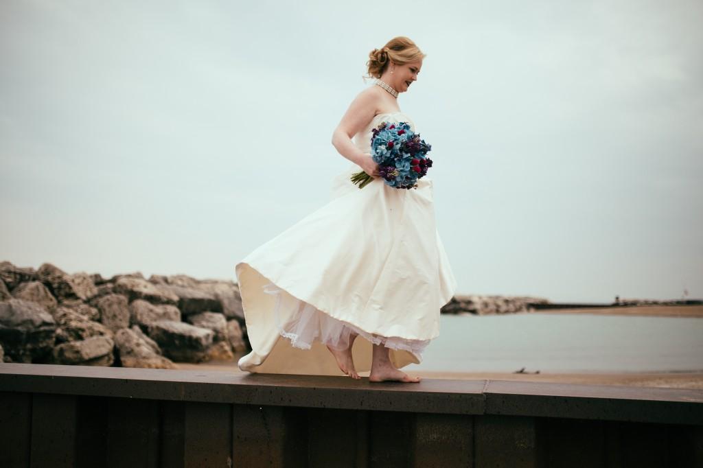 midwest-gothic-wedding-tuanbphotos12