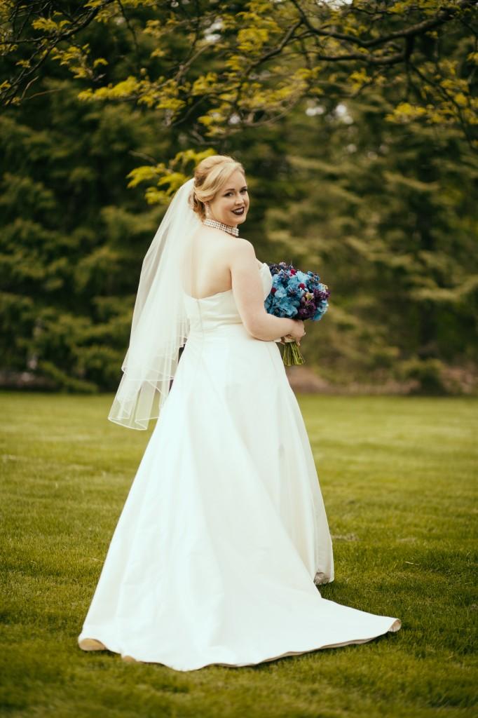 midwest-gothic-wedding-tuanbphotos13