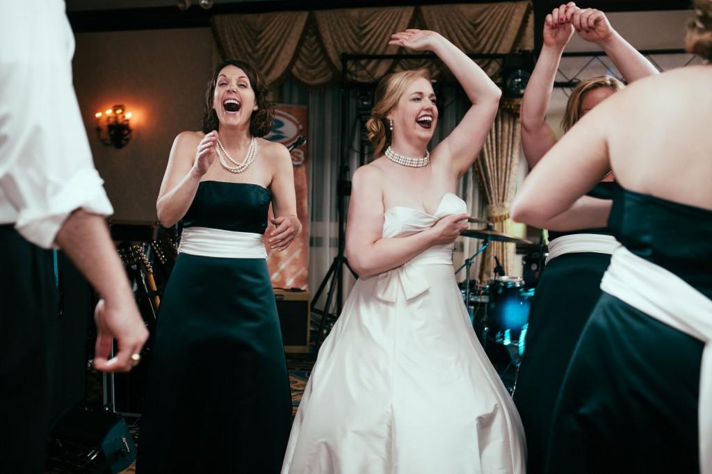 midwest-gothic-wedding-tuanbphotos8