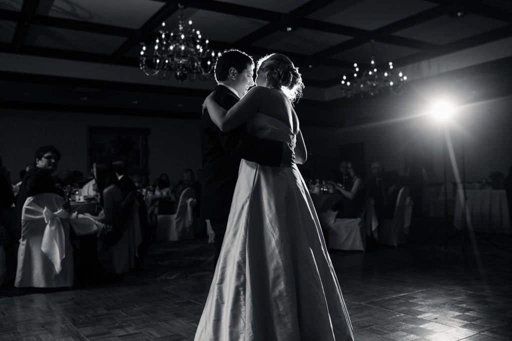 midwest-gothic-wedding-tuanbphotos9
