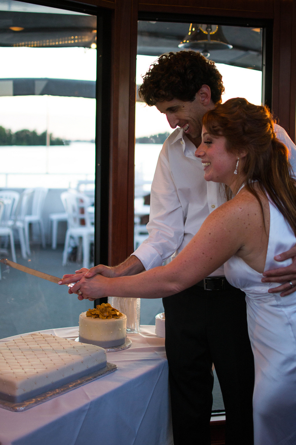 Lakefront Yacht Jewish Wedding | Kelsey Thompson Photography25