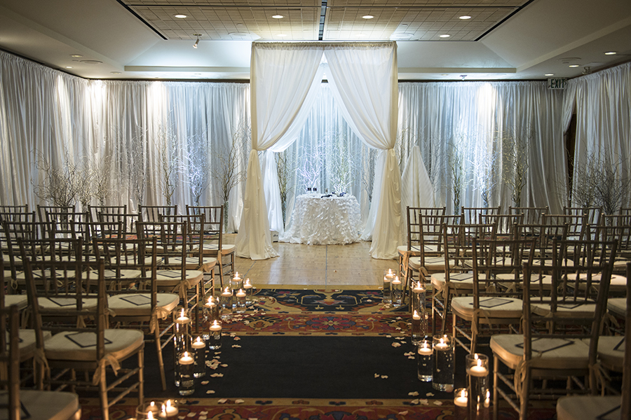 Elegant Jewish Winter Wedding | Kathleen Hertel Photography 11