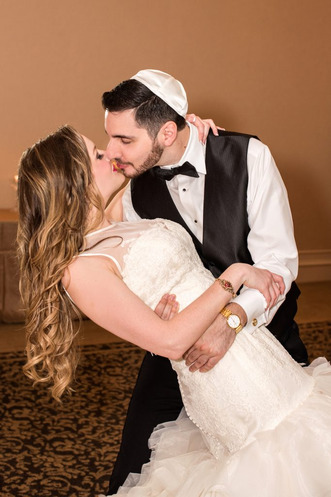 Glamorous Atlanta Jewish Wedding | Cariad Photography 30