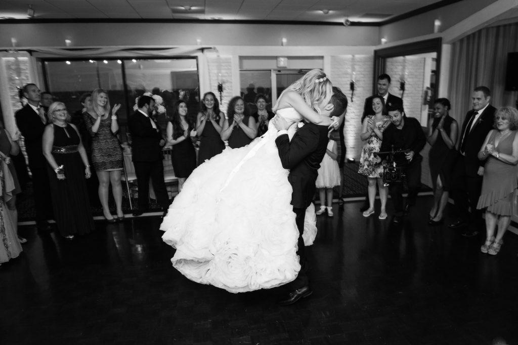 Massachusetts Oceanview Wedding | Lovely Valentine Photography 22