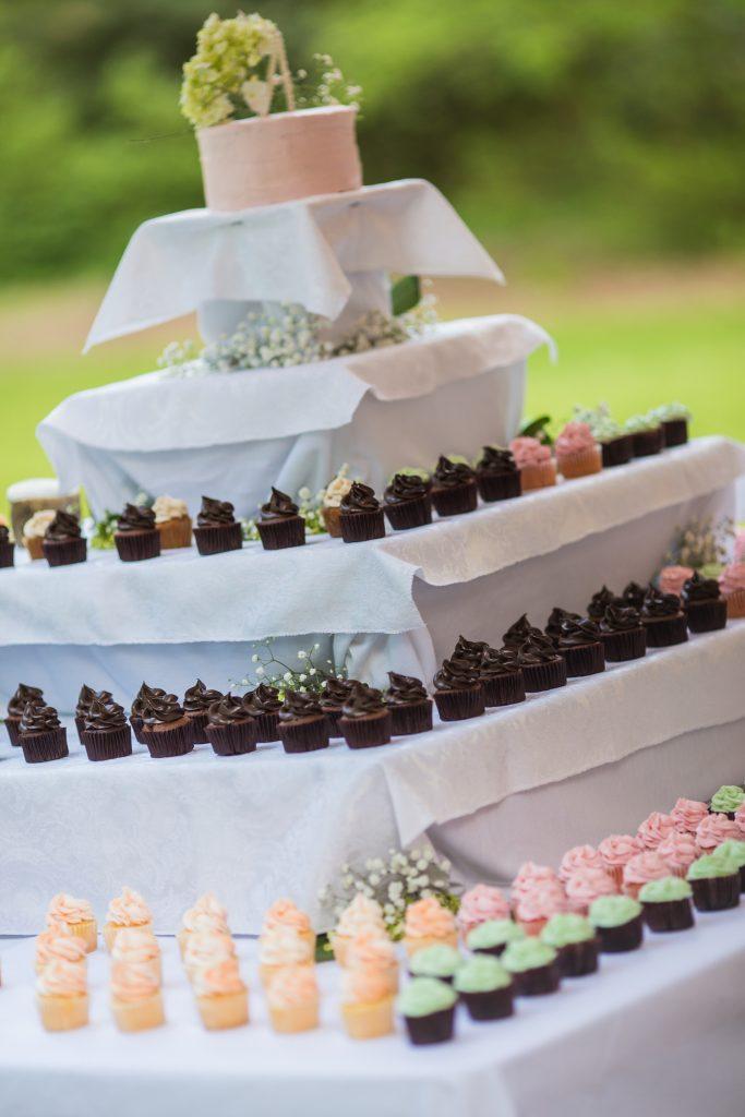 Turquoise Blush NC Jewish Wedding | AOJO Photography 15