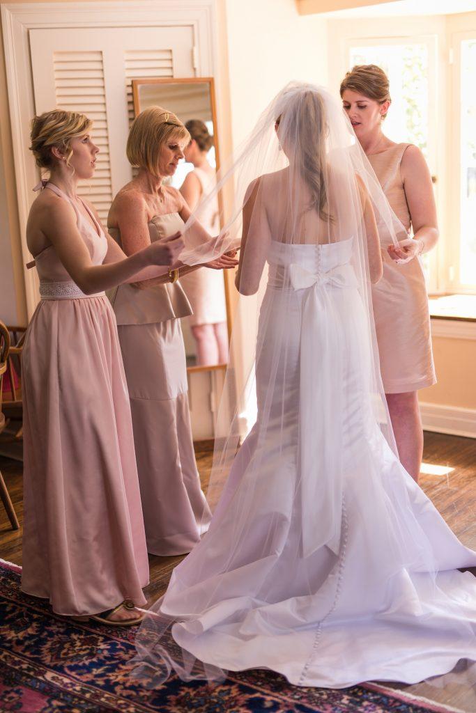 Turquoise Blush NC Jewish Wedding | AOJO Photography 9