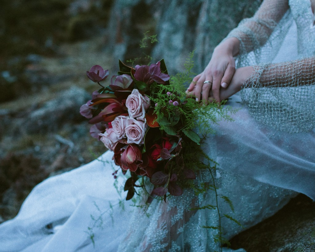 woodsy-wedding-inspiration-tasmania-photographywithcassie-19