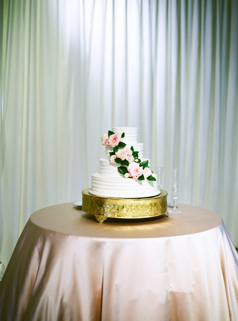 Blush Pink Modern Jewish Wedding | Keepsake Memories Photography 16
