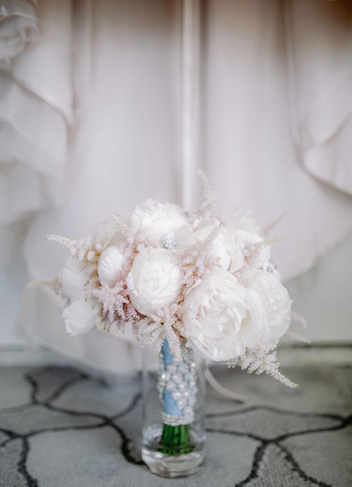 Lux White Wedding Ritz Carlton Half Moon Bay | Clane Gessel Photos 06