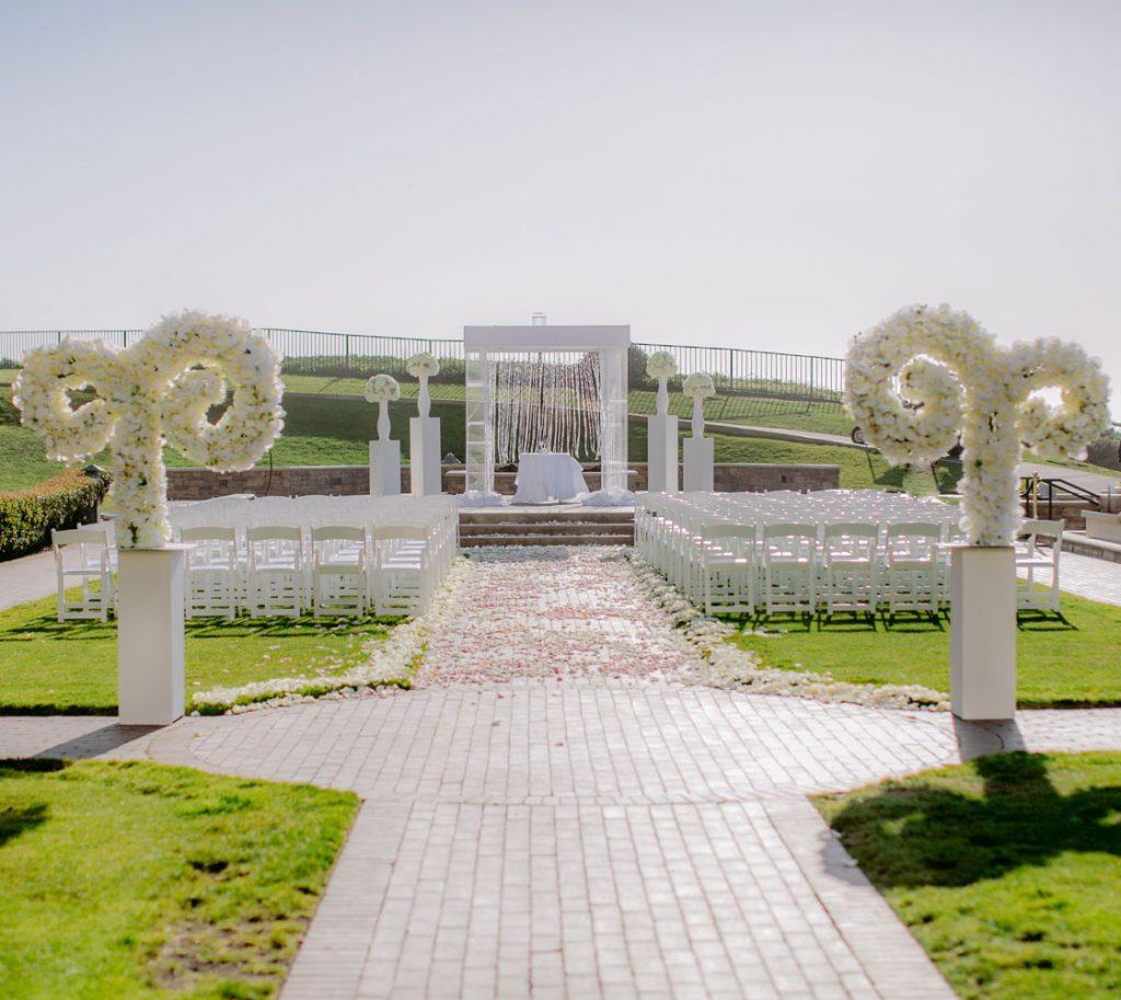 Lux White Wedding Ritz Carlton Half Moon Bay | Clane Gessel Photos 18