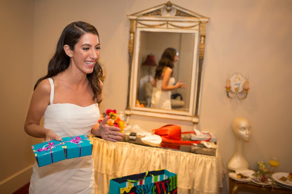 Romantic New York City Jewish Wedding | Tiny Human Photos 11