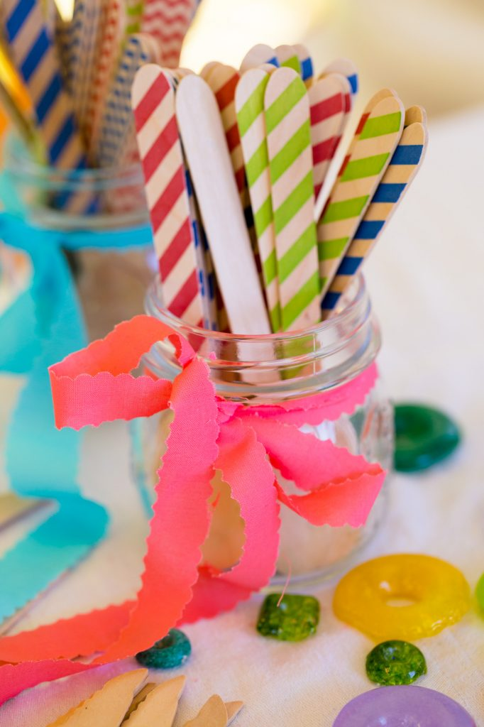 colorful-and-cute-diy-jewish-wedding-joshua-rainey-photos-09