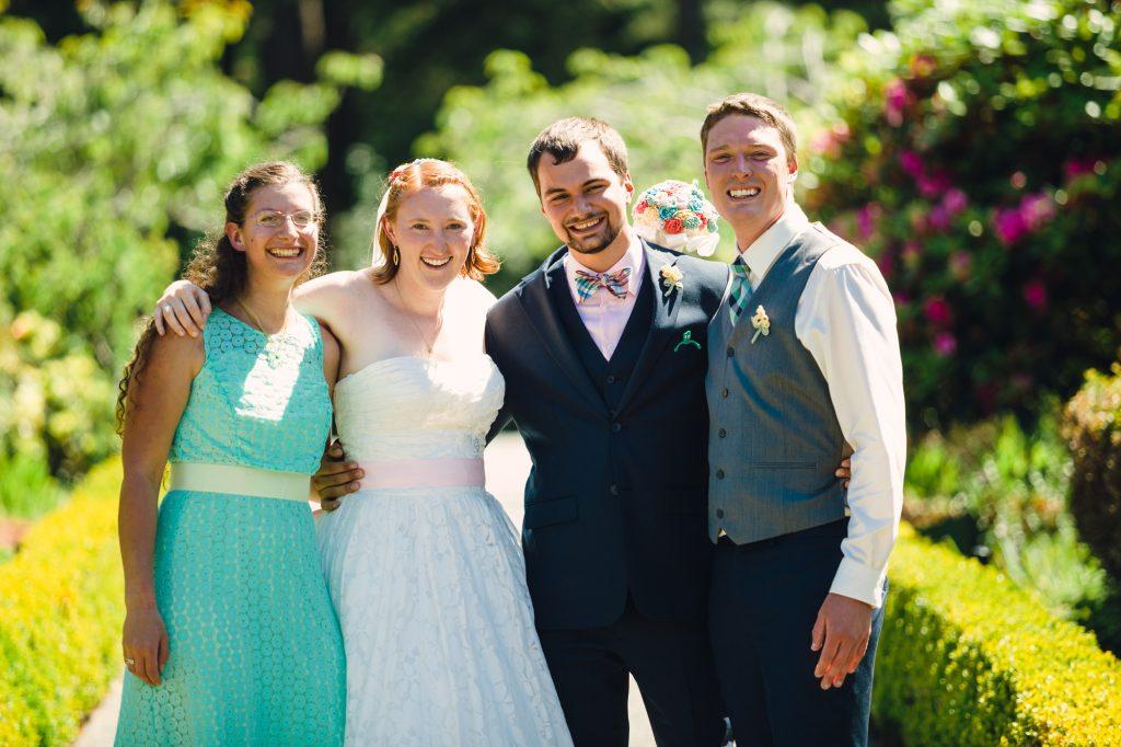 colorful-and-cute-diy-jewish-wedding-joshua-rainey-photos-23