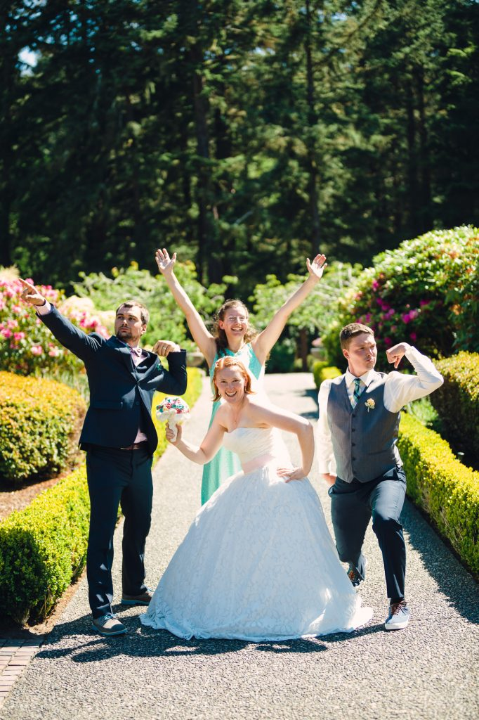 colorful-and-cute-diy-jewish-wedding-joshua-rainey-photos-24