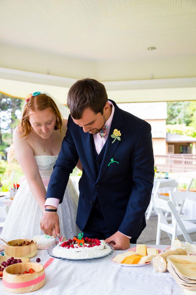 colorful-and-cute-diy-jewish-wedding-joshua-rainey-photos-28