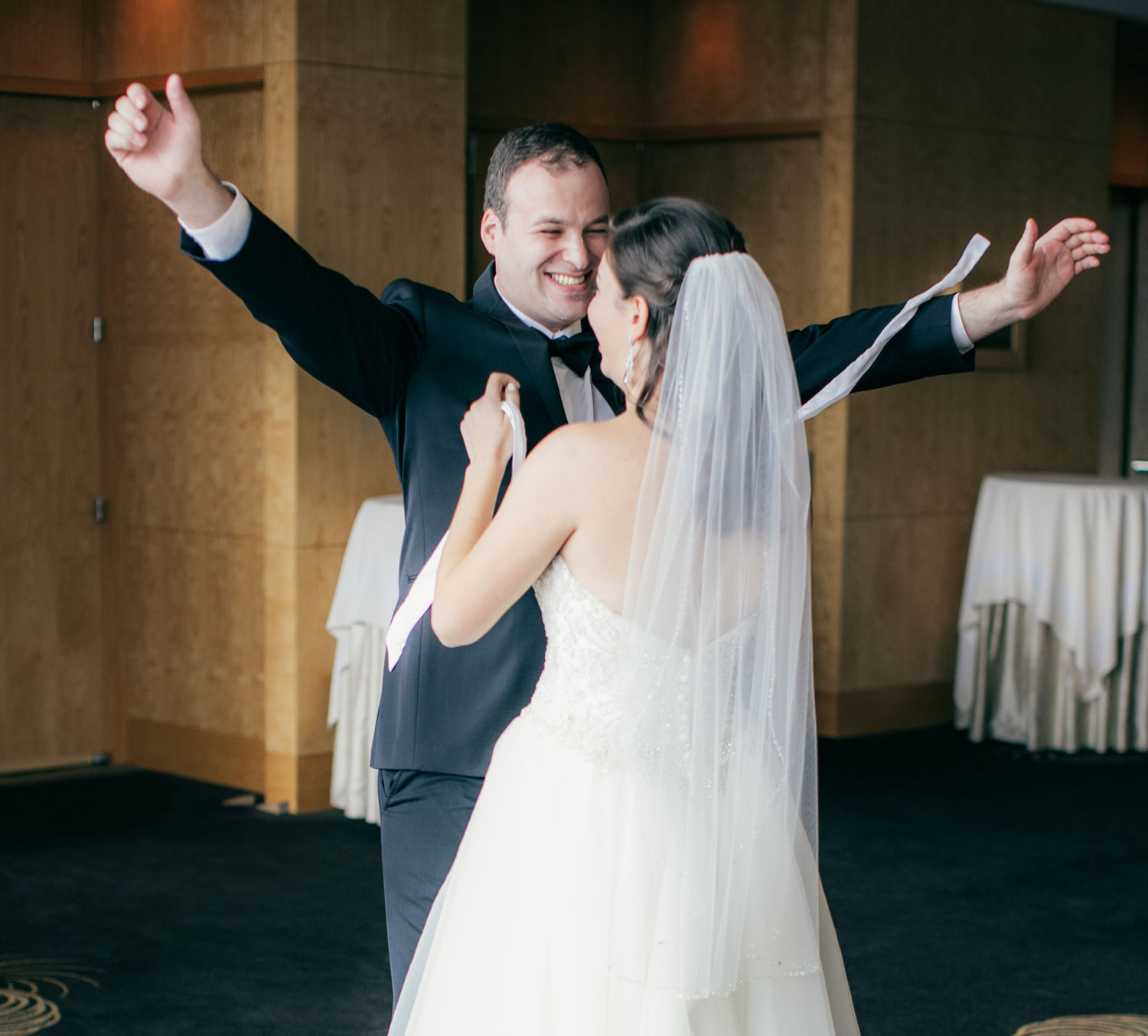 four-seasons-seattle-wedding-clane-gessel-photos-08
