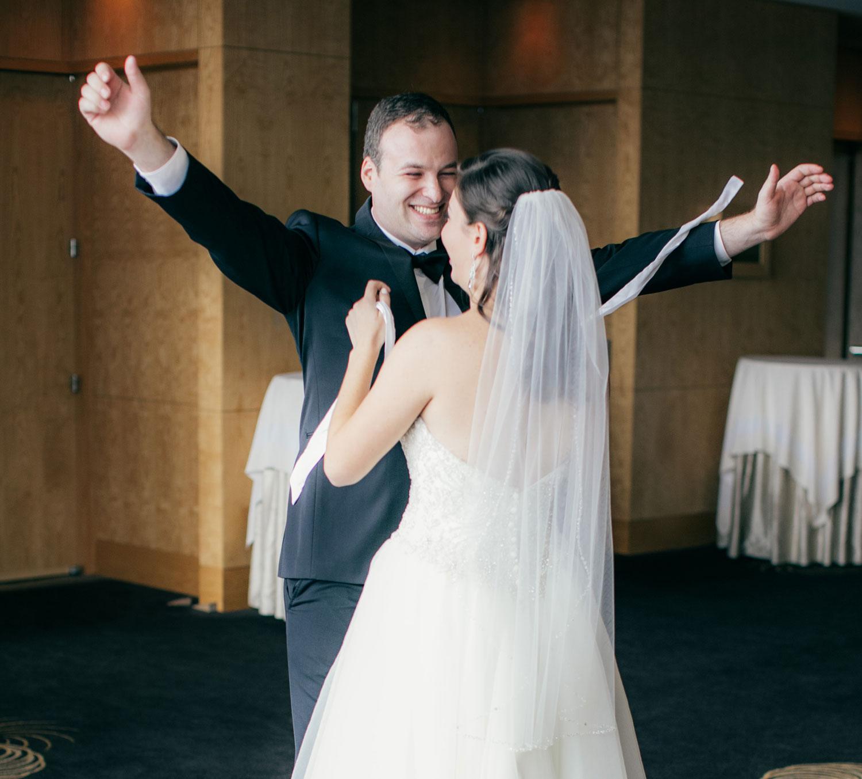 four-seasons-seattle-wedding-clane-gessel-photos-08