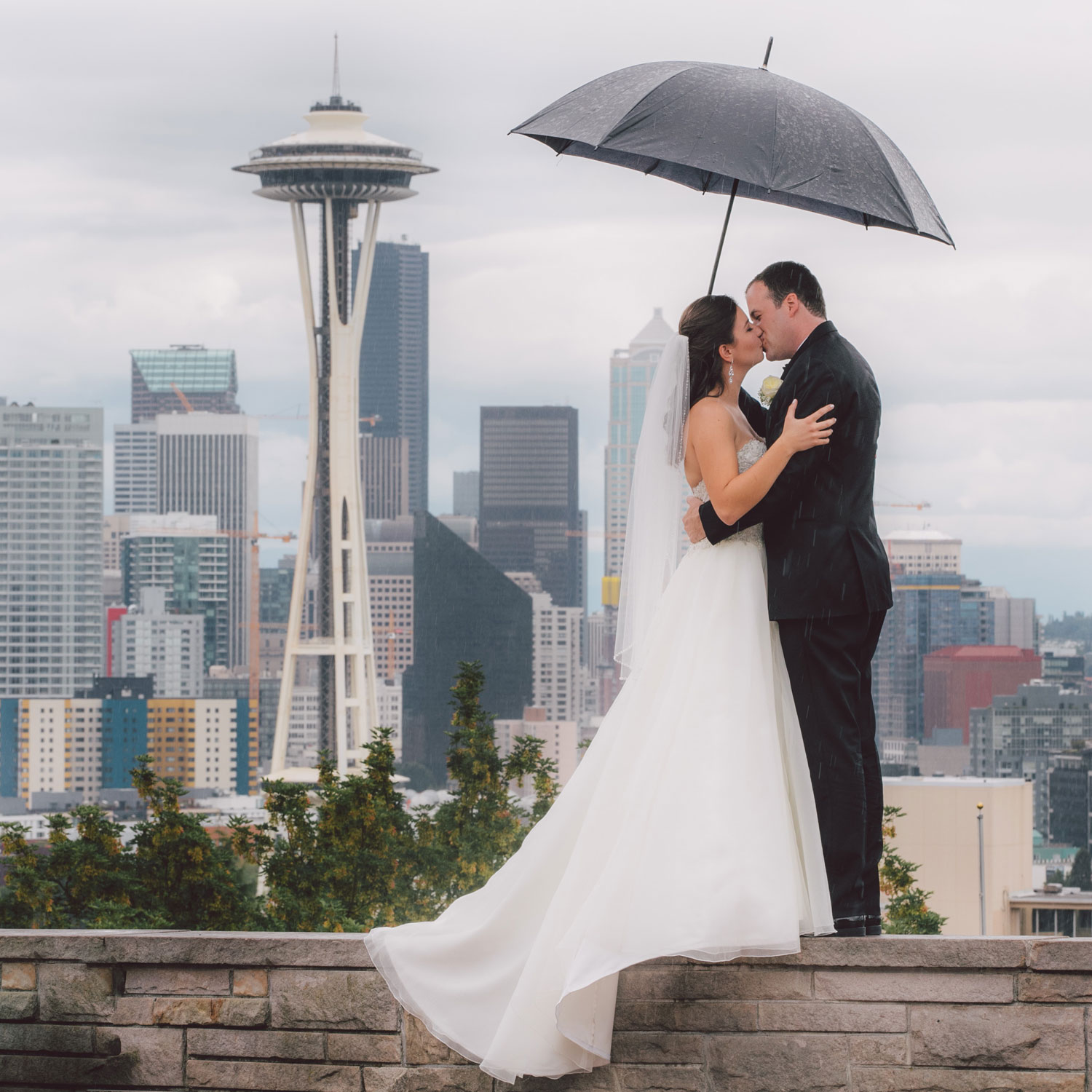 four-seasons-seattle-wedding-clane-gessel-photos-16