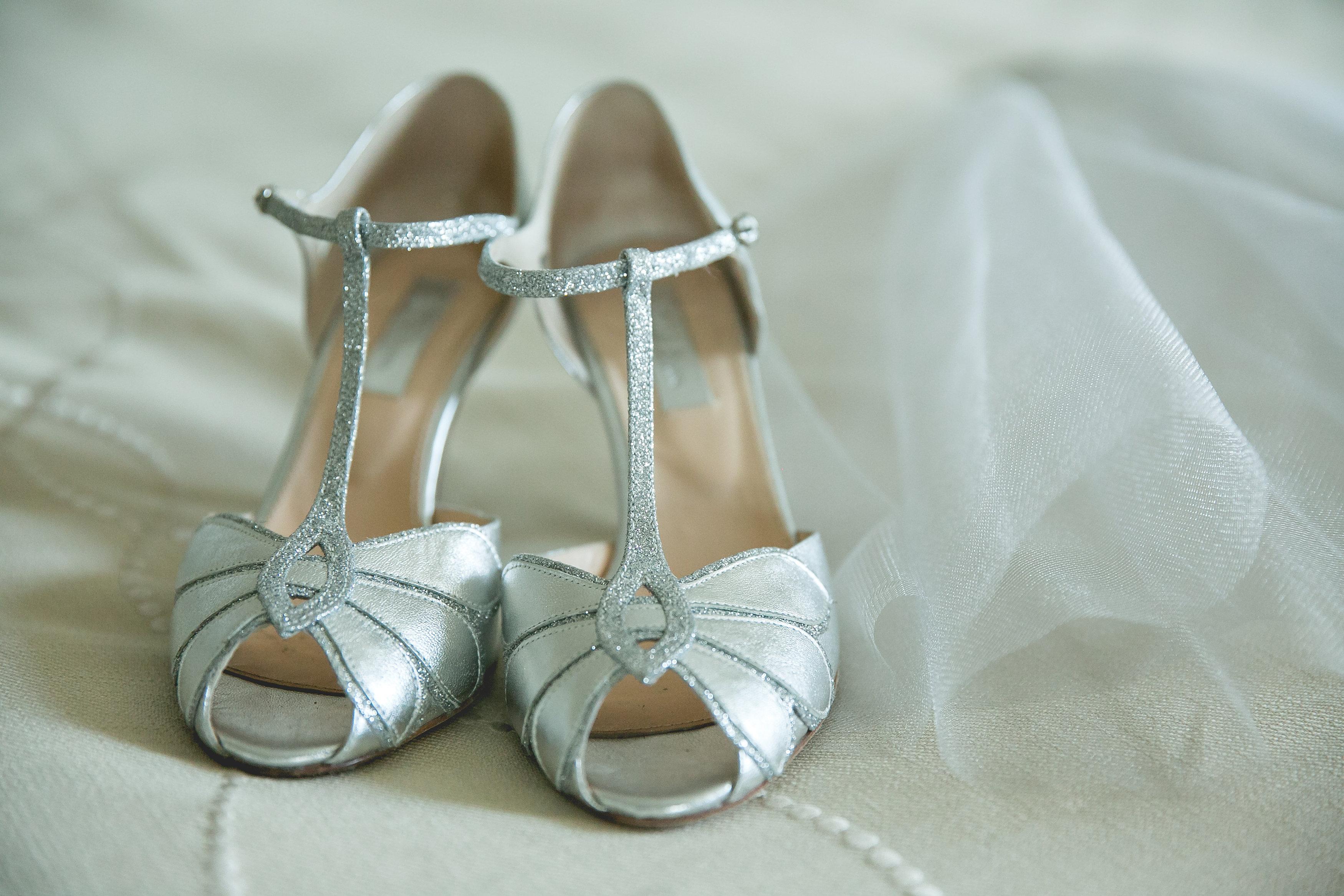 silver-sparkle-jewish-wedding-nashville-shehewe-photography-02