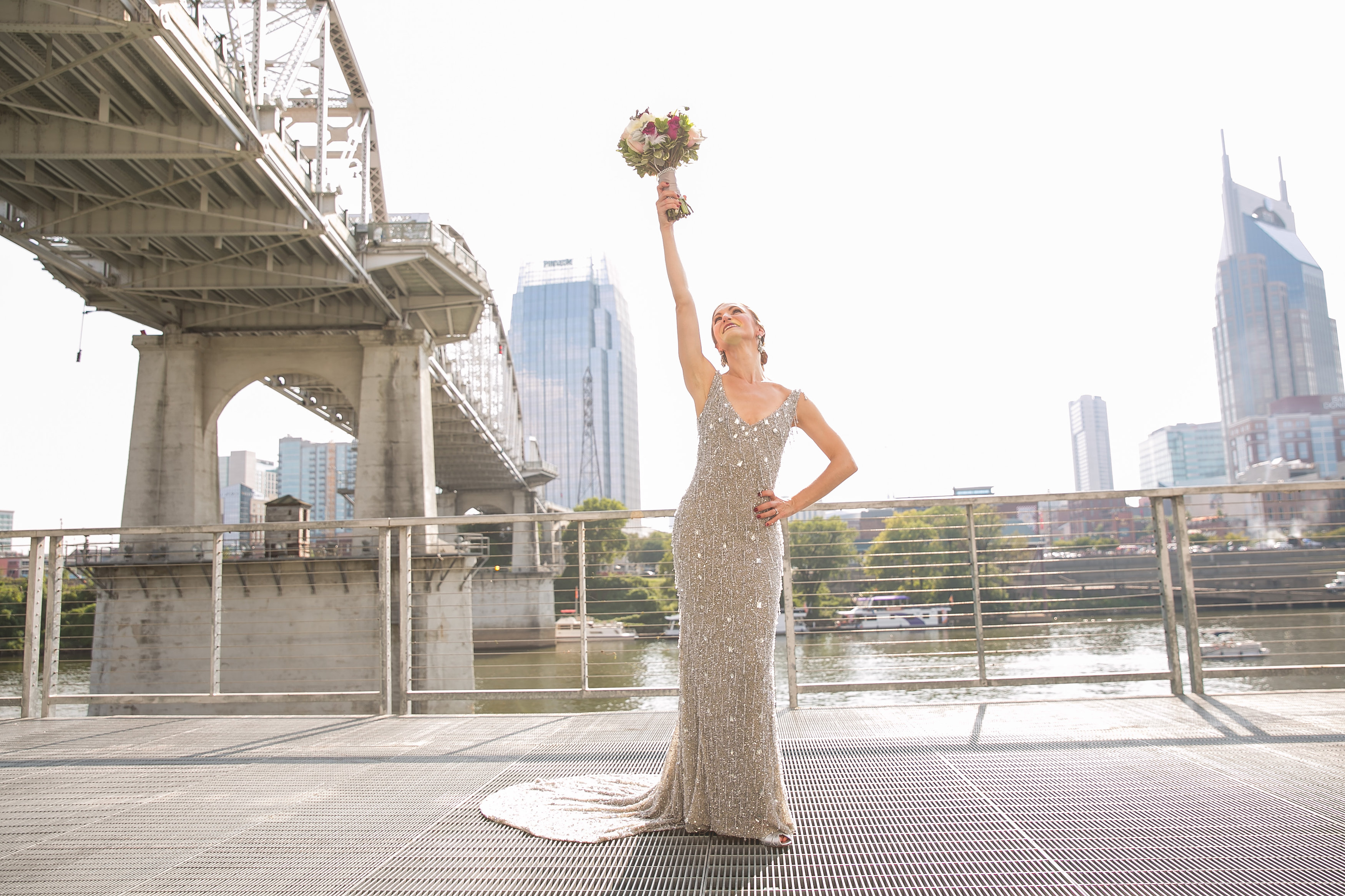 silver-sparkle-jewish-wedding-nashville-shehewe-photography-10