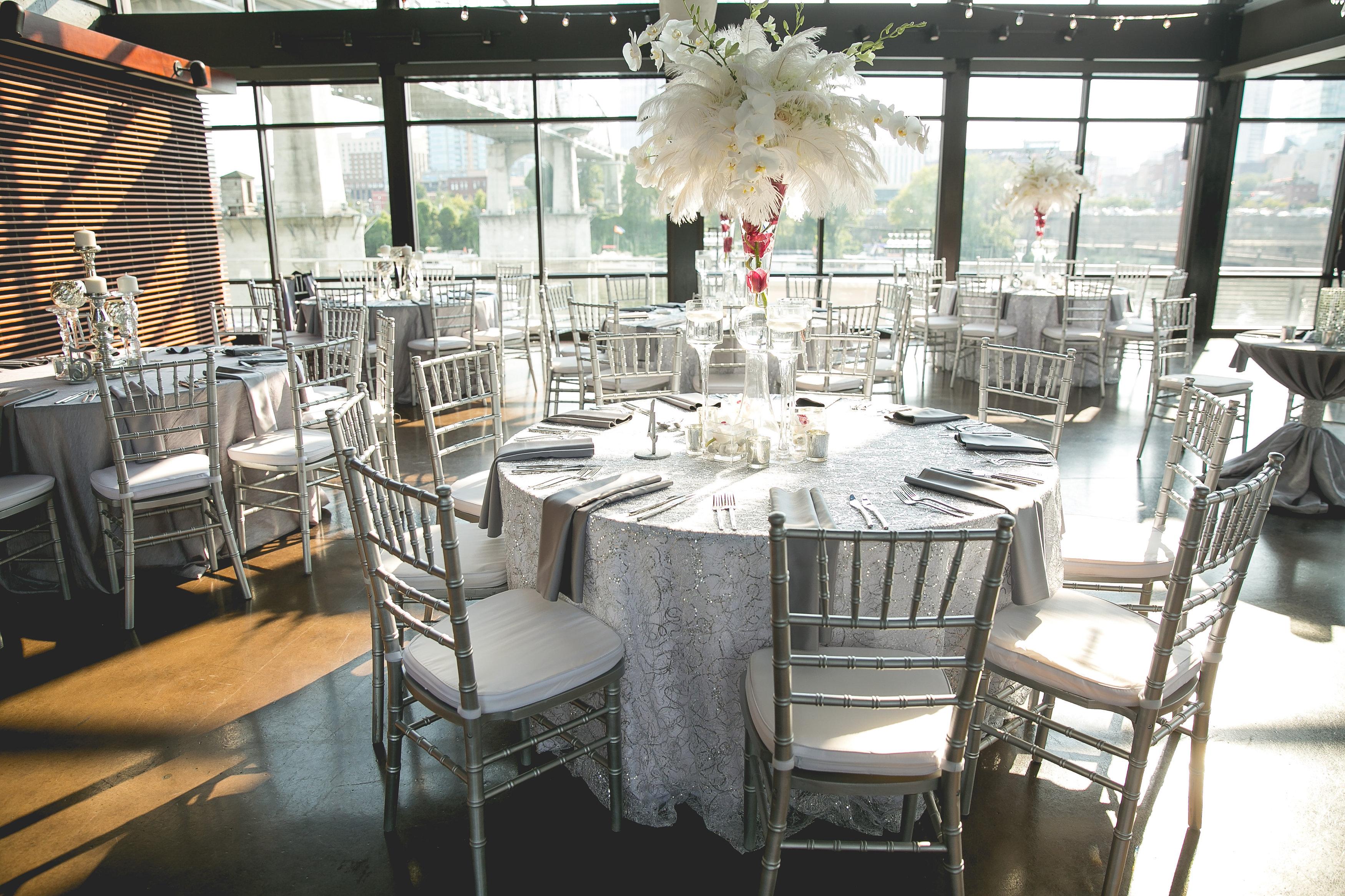 silver-sparkle-jewish-wedding-nashville-shehewe-photography-12